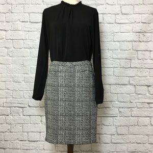 Talbots hounds tooth pencil skirt, black & white 8